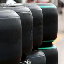 NEUMATICOS SLICKS COMPETICION R.17 MICHELIN DE OCASION